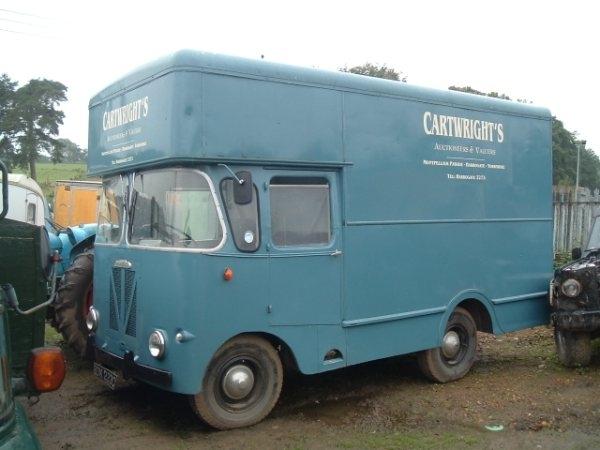 austin truck van photos vision motor services ltd. Black Bedroom Furniture Sets. Home Design Ideas